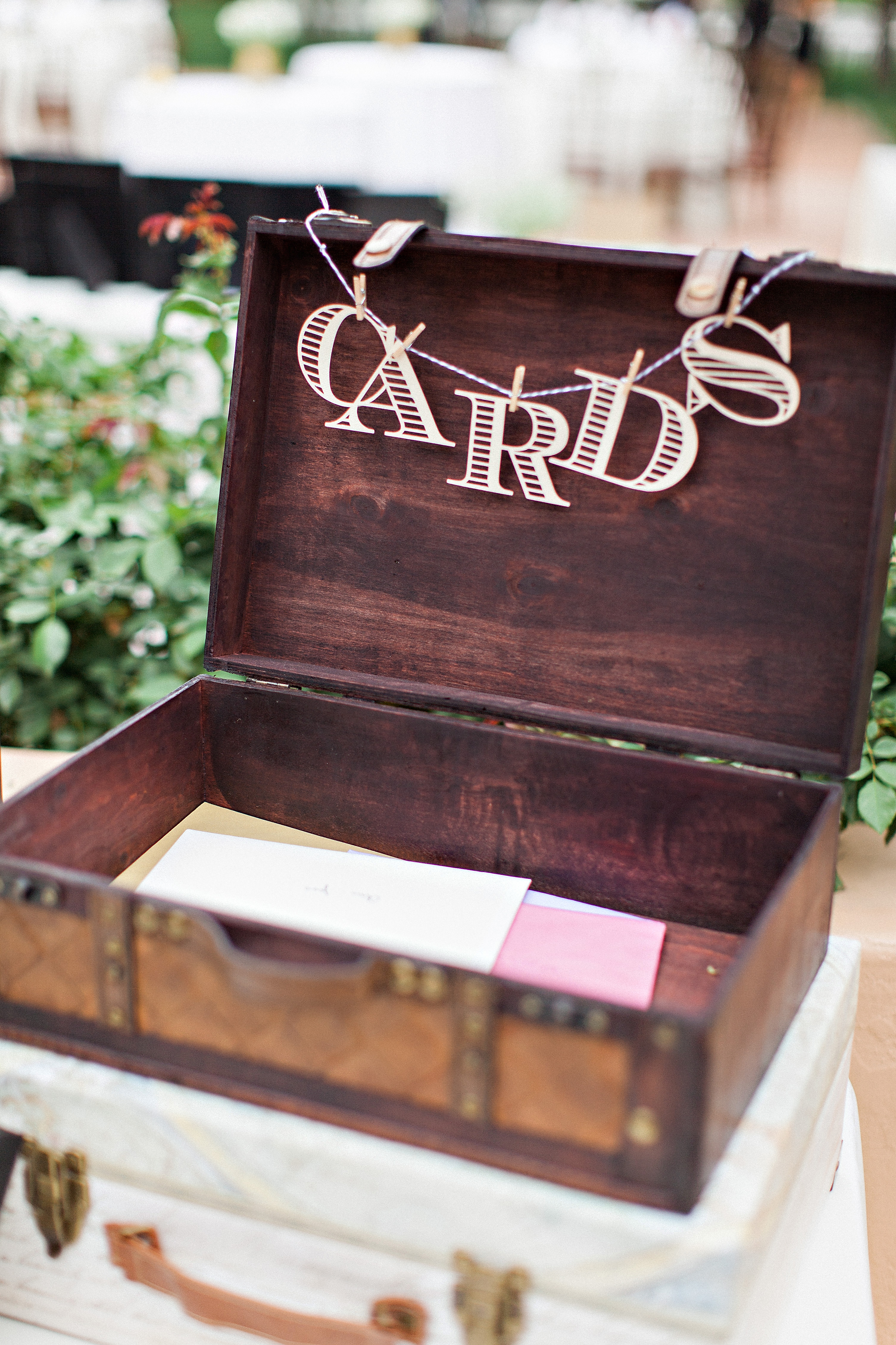 images How to Collect Cards at Your Wedding